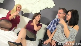 Sector sex along with Alura Jenson, Kimmy Lee and Sara Jay