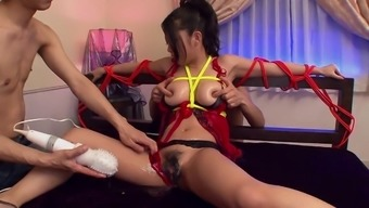 Great babe has her pussy distribute wide-open and fucked