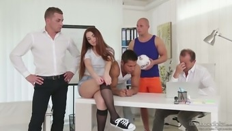Great hottie Stacy Wind ends up being an all-purpose hooker who might treasures gangbang