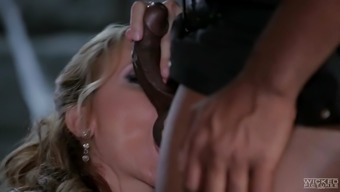 cock hungry queen julia ann touching big cardinal dong