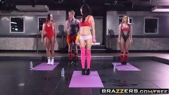 Brazzers - Big Titties In Sporting activities - Sophia Laure