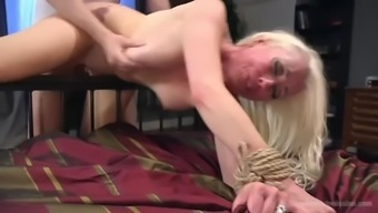 lorelei lee gets anal fucked after getting busy and toyed