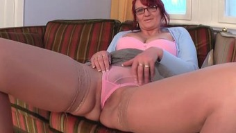 Old granny with youthful fucking craze