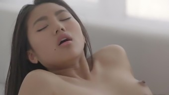 Slutty Asian loves the right cock in her gem pussy