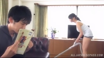 Alluring Japanese girl lets an individual play with her big genuine tits