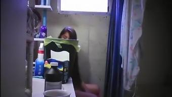 Порно видео с пышногрудыми телками с большими жопами в юбках нескольких
