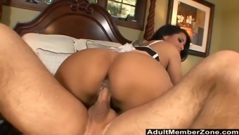 Kiara Mia knows how to blow and trip a cock so much better anyone