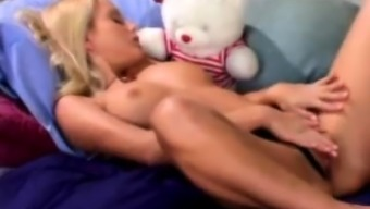 Big tits blond independently spray and rich toying