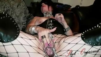 Slutorgasma celeste speculum orgasm in leather corset